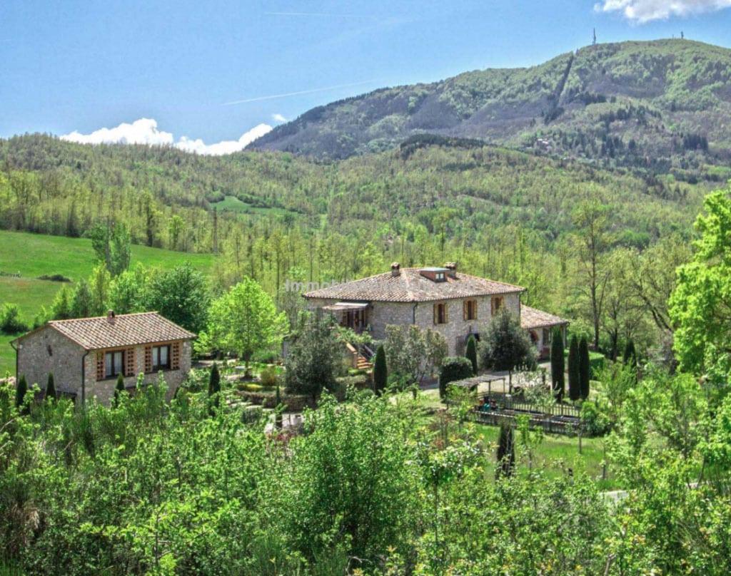 tuscan-farmhouse