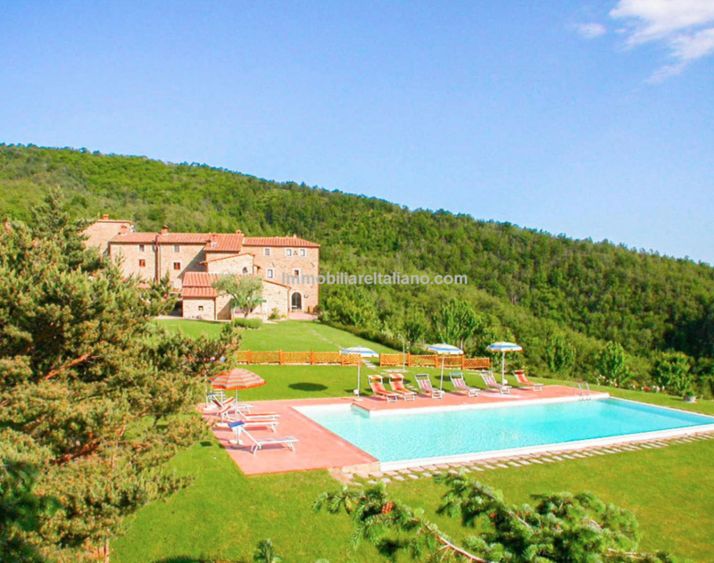 tuscuny-holiday-complex