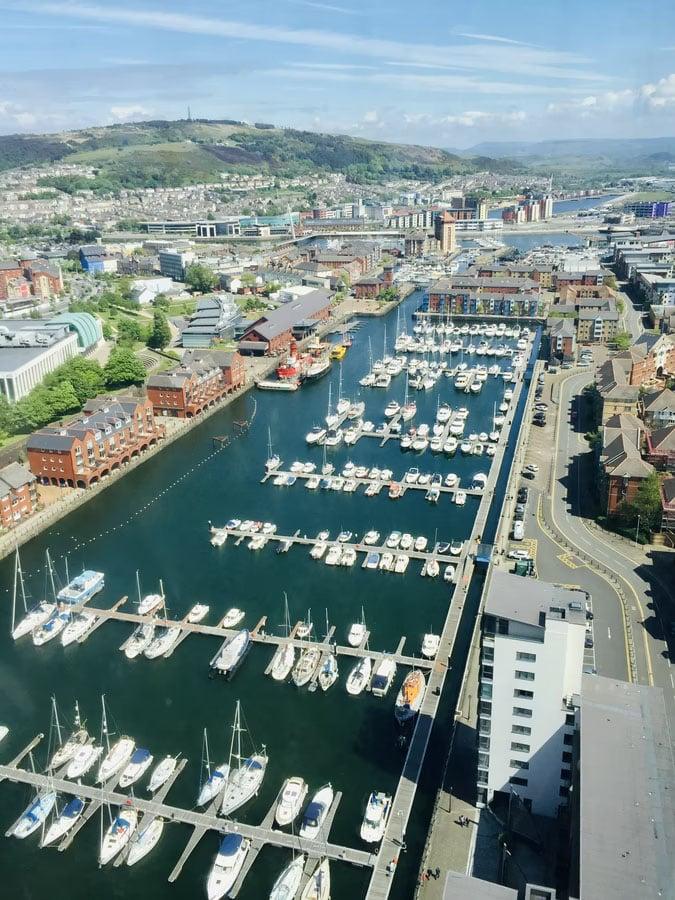 Rent flats in Swansea